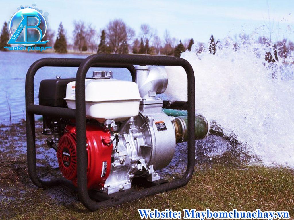máy bơm chữa cháy xăng